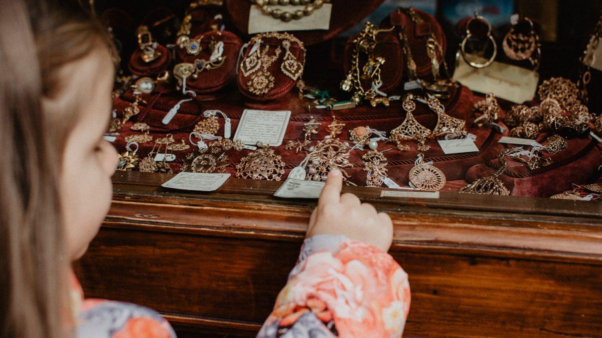 Breve storia della gioielleria